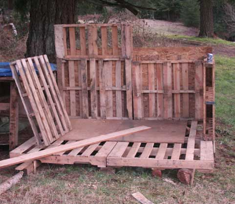 Pallets becoming a stable